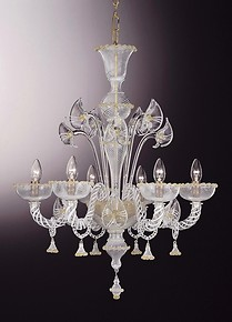 Filigree chandelier with gold decoration at eight lights