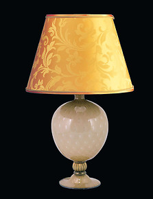 Table lamp in Straw color