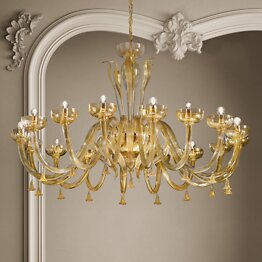 Chandelier in crystal and 24k gold