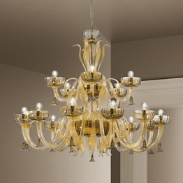 Chandelier in crystal