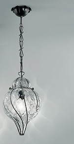 Cristal suspended lamp with matte black iron finishes