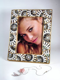 Mosaic Photo-frame, white colour
